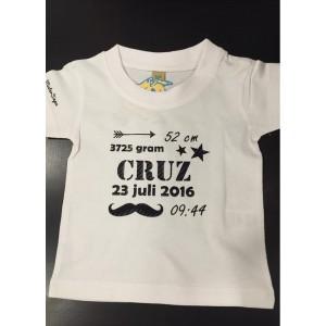 Wit geboorte t-shirt (met je naam)