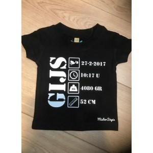 Zwart geboorte t-shirt (met je naam)