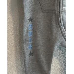 Grijze onesie 'Blue Year' (met je naam)