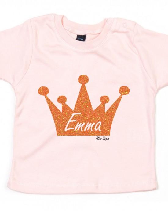 Baby-roze t-shirt 'Orange Glitter Crown' (met je naam)