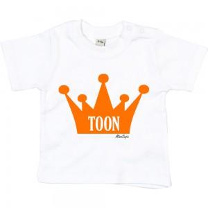 Wit t-shirt 'Orange Crown' met naam